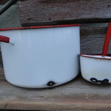 Rustic enamelware stock pot and ladle, country farmhouse rustic ice bucket soda cooler, red and white enamelware pot, rustic farmhouse decor