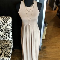 Dress Maxi w/ pockets Taupe