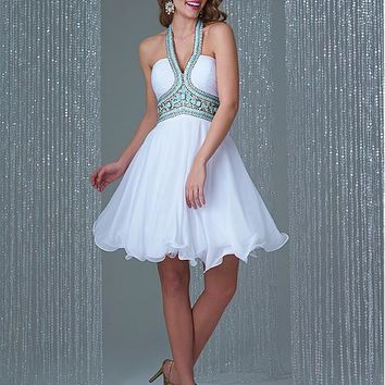 [99.99] Modest Chiffon Halter Neckline A-line Homecoming Dresses With Beadings - dressilyme.com