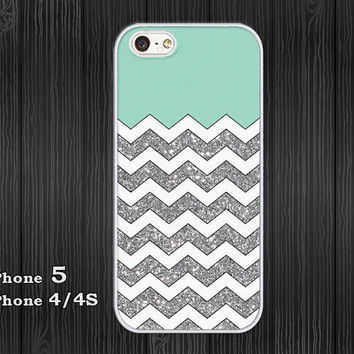 iPhone 5 Case, iPhone 4/4S Case, Hard Plastic or Silicon Rubber, white chevron grunge mint