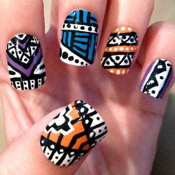 TriColor Aztec Fake Nails