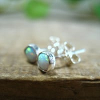 Stud Earrings Silver with 4mm White Fire Opal