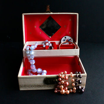 Vintage Small Sized Red Lined Jewelry Box - 1950s Off White Filigree Organizer / Mid Century Treasure Chest