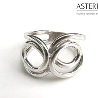 Silver infinity ring - Infinity ring - Fine ring - Simple ring - Twist ring - Everyday ring - Multifinger ring