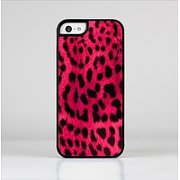 The Fuzzy Real Pink Leopard Print Skin-Sert Case for the Apple iPhone 5c