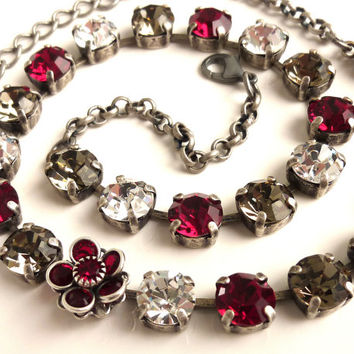 Swarovski crystal necklace, glitzy red and black diamond, better than sabika, made with CRYSTALLIZED™ - Swarovski Elements