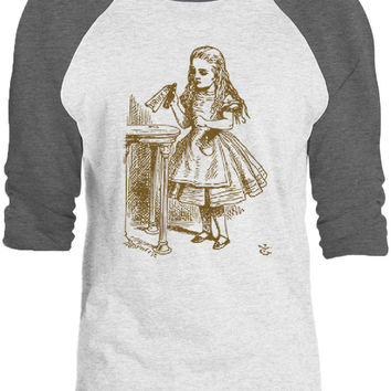 Big Texas Alice in Wonderland - Drink Me (Brown) 3/4-Sleeve Raglan Baseball T-Shirt