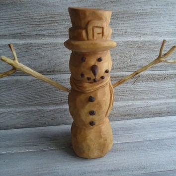Hand carved wood snowman - Wooden snowman - Christmas decor - Winter decor - Holiday decor - Hand carving - Christmas gift - Wooden artwork