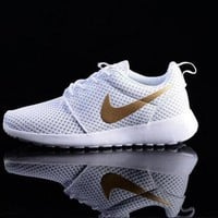 """NIKE"" Trending Fashion Casual White Sports Shoes golden hook white hook H 8-4"