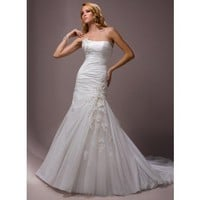 Dropped waist Chapel Train Sleeveless Taffeta Perfect bridal gown