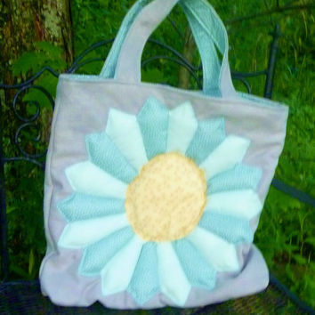 Tote Bag - Grey Burlap with Puffy Dresden Applique