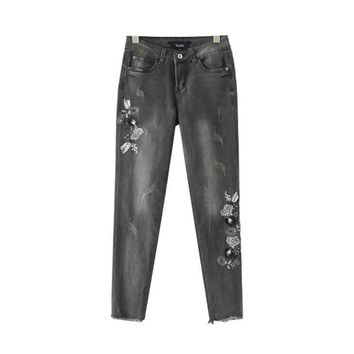 Women retro floral embroidery denim jeans fringe tassel pockets ankle length pants ladies casual brand trousers