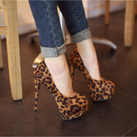 Sexy Leopard Super High-heeled Shoes