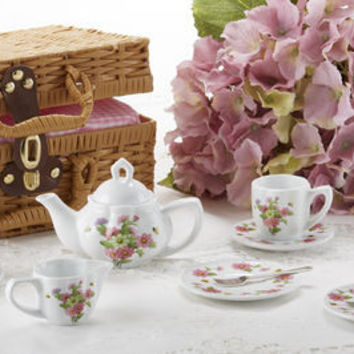 Childrens Porcelain Girls Tea Set - Daisies in Wicker Style Basket