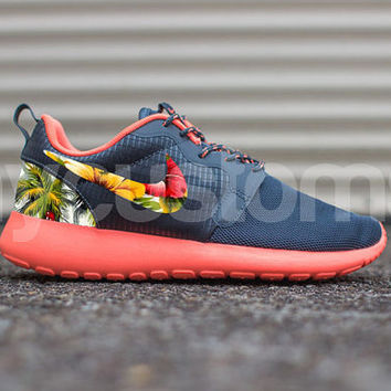 hot sale online 108e5 343f5 Nike Roshe Run Hyperfuse Bright Mango Magnet Grey Island Palm Tree Floral  Print Custom