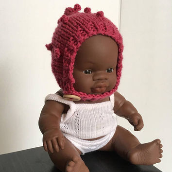 Miniland 21cm Baby Doll Bobble Bonnet | Doll's Bonnet | Hat for doll | Miniland baby doll clothes | miniature bonnet | merino doll bonnet