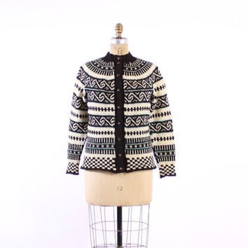 Vintage 60s Handknit NORWEGIAN CARDIGAN / 1960s Scandinavian Black & Ivory Blue Wool Knit Cardi Sweater M