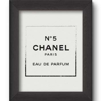 Chanel Perfume Logo Poster - PRINTABLE FILE. Chanel Nº 5 Print. Modern Fashion Typography Print. Rubber Stamp Effect. Minimal Art.
