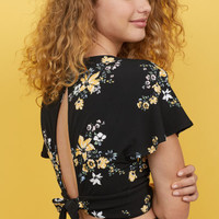 V-neck top - Black/Floral - Ladies | H&M GB