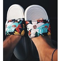 NIKE Fashion Women Men Cute Flower Print Flats Slipper Sandals Shoes I