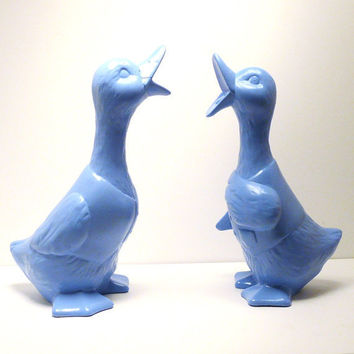 ceramic duck figurines // vintage birds figurine set by nashpop