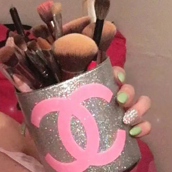 sparkling glass brush holder - sparking pink CC decal
