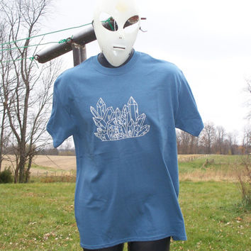 Quartz Crystal Point Cluster T-Shirt Carolina Blue Handmade Original Mineral Specimen Kynd Valley