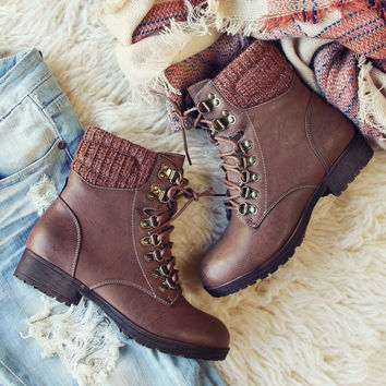 The Grizzly Boots in Brown