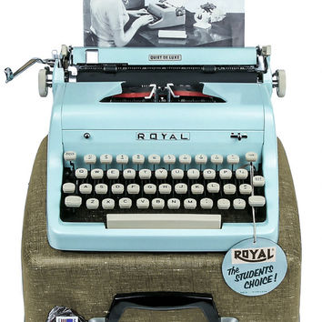 1955 Blue Royal Quiet De Luxe Typewriter / Professionally Serviced / Royal Typewriter / Working Typewriter / Something Blue / Writer Gift
