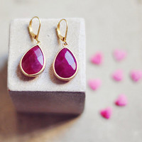 Simple elegant bold feminine drop ruby wine  fuchsia pink jade gemstone earrings by YUNILIsmiles