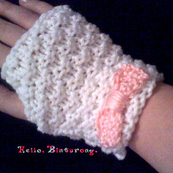 Knit Gloves w/ Bow