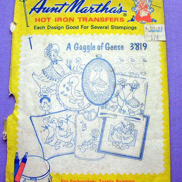 "Aunt Martha's ""A Gaggle of Geese"" Hot Iron Transfer Pattern 3819 for Embroidery, Fabric Painting, Needle Crafts"