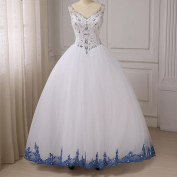 White Ball Gown Dresses Sexy V-neck Sleeveless Sparkling Beaded Crystals Sweet Dress Lace-up Back