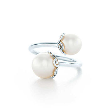 Tiffany & Co. - Paloma's Venezia:Goldoni HeartPearl Ring