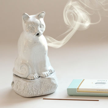 Setsuko Cat Incense Burner - Home & Gifts - Catbird