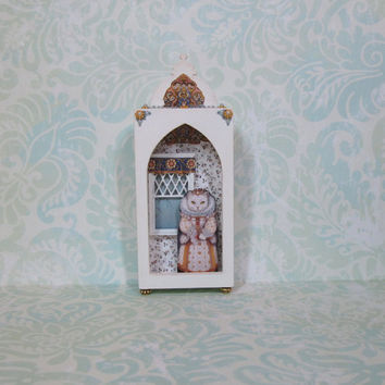 Miniature Shadow Box with Royal Cat