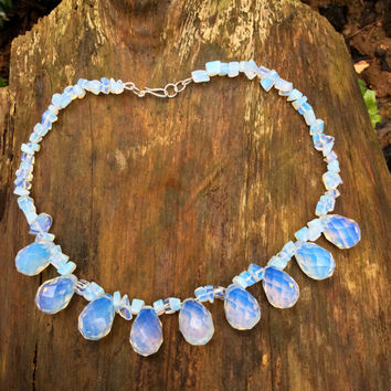 Handmade Silver 925, short necklace with moonstone briolettes and opal chips