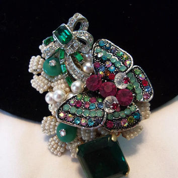 Stanley Hagler N.Y.C. Rainbow Butterfly Insect & White Glass Bead Flower Vintage Rhinestone Pin