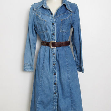 Vintage 1970s Landlubber Dress / Light Blue Denim / Snap Front / 70s Shirt Dress