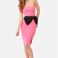 LULUS Exclusive Stunning Side Up Strapless Coral Dress