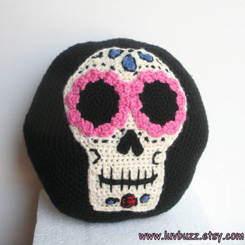 Sugar Skull Pillow, decorative crochet round accent pillow with sugar skull applique and blue cheetah print, ready to ship.