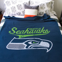 Aeropostale  Mens Seattle Seahawks Throw Blanket - Blue