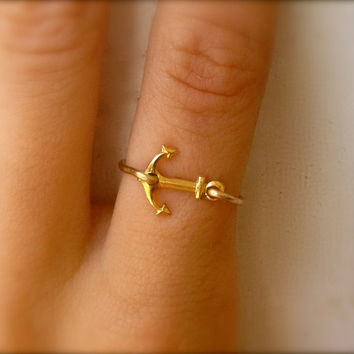 Anchor Ring - Gold Sideways Anchor Ring