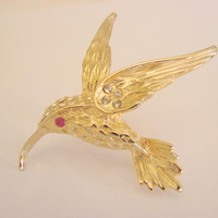 Vintage Rhinestone Textured Gold Tone Bird Brooch * Bird in Flight * Clear & Red Rhinestones * Jewelry