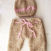 Newborn Knit Pants and Hat Set, Newborn Photo Prop, Baby Knit Pants, Newborn girl knit shorts