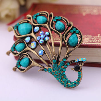 Hot Selling Vintage Antique Rhinestone Shining Peacock Brooch Pin Womens Jewelry