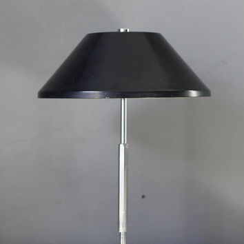 Vintage Mid Century Modern Table Lamp - Minimalist Lighting