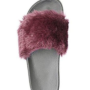 Adorllya Womens Slippers Cute Fuzzy FILP Flops Slides Wide Width Comfortable Fur Slippers for Women
