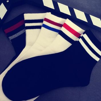 Autumn Winter Women Men Stripe Print Street Sport Middle Tube Cotton Socks
