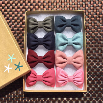Mix and match 8 small hair bows from Seaside Sparrow. Make your own gift hair bow set from your favorite Seaside Sparrow colors.